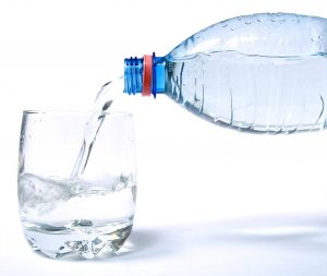 beber-agua-1-300x253