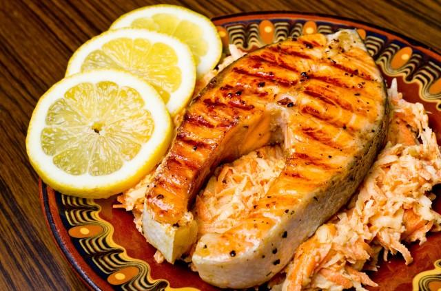 peixes alimentos que melhoram a concentração