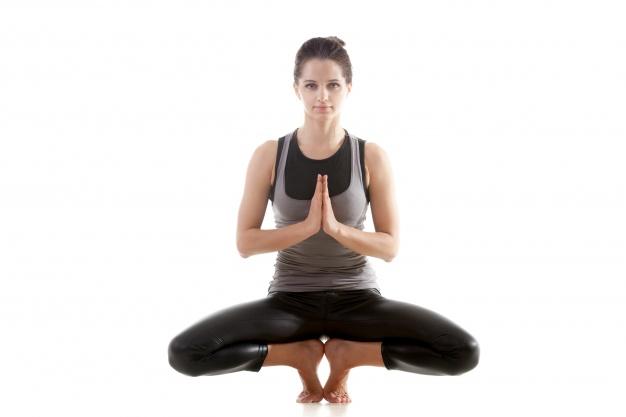 exercícios de equilíbrio para conseguir arrumar a coluna