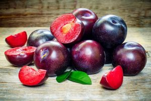 ameixa tabela nutricional