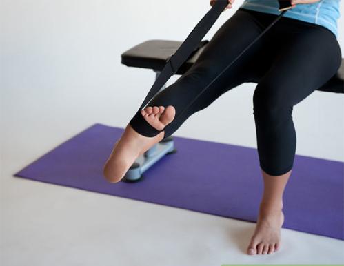 exercicio para tornozelo com elástico