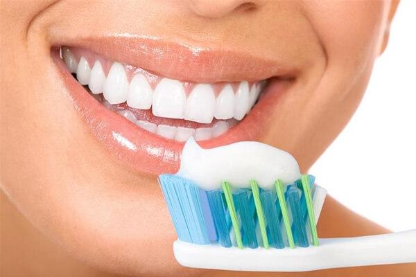 como cuidar dos dentes