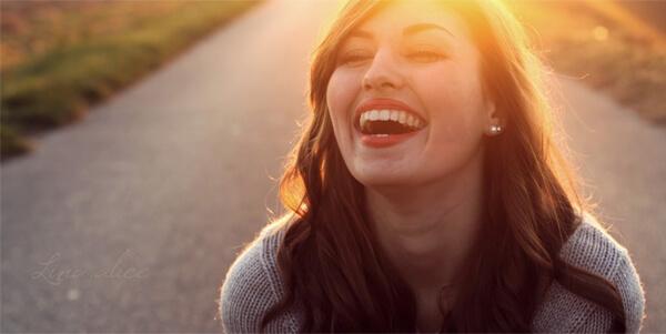 como liberar endorfina sorrir