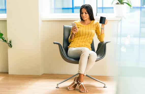 Ficar muito tempo sentado dá fome? Veja aqui informações completas