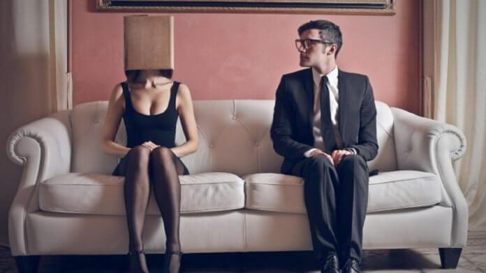 O que é a ansiedade social? Como acontece e muito mais.