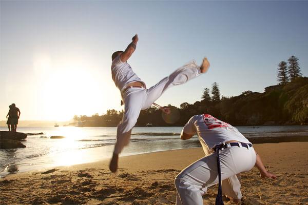 Capoeira: quais os benefícios para a mente e o corpo?