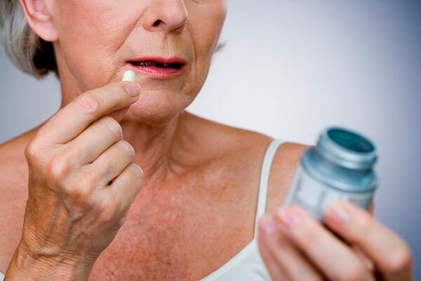 Alimentação indicada para combater os sintomas da menopausa