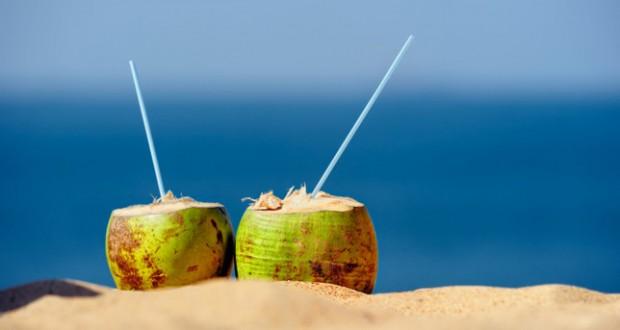 água de coco faz bem