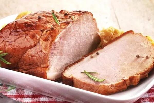Carne de porco: os principais benefícios e propriedades