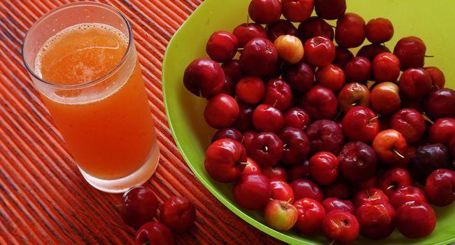 Os 14 Benefícios da Acerola Para A Saúde: Quais São Eles?