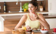 dieta low carb efeitos colaterais colesterol