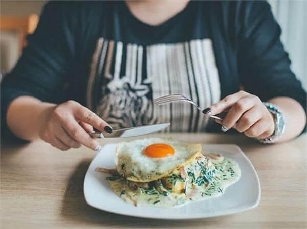 comer ovo emagrece