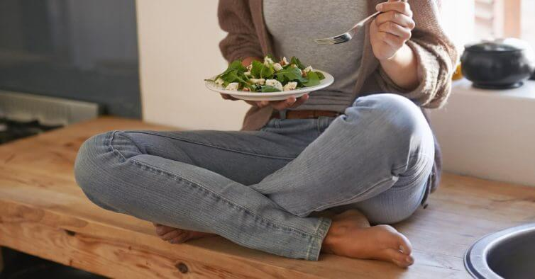 dieta low carb efeito colateral fome