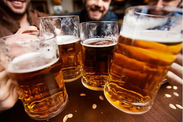 pode tomar cerveja quem tem diverticulite