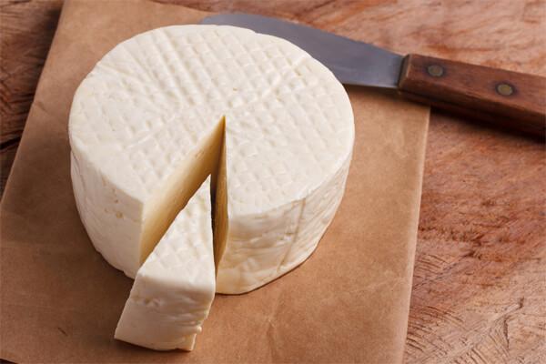 queijo branco faz bem