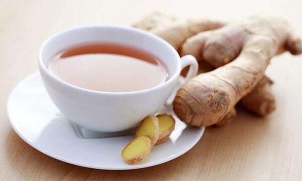 chá de gengibre para a ressaca