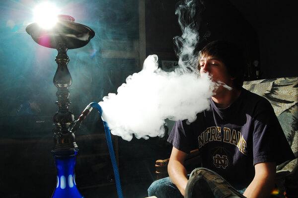 fumar narguile