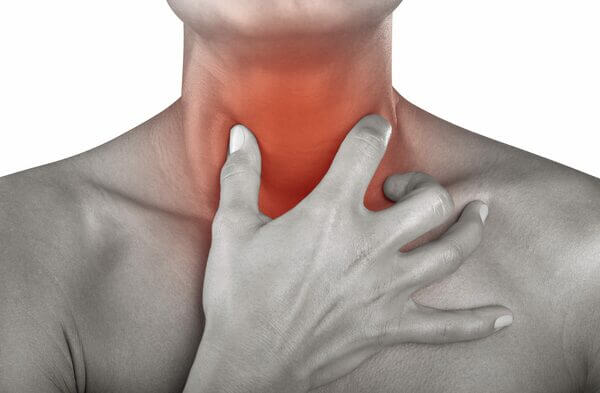 Dor de garganta2