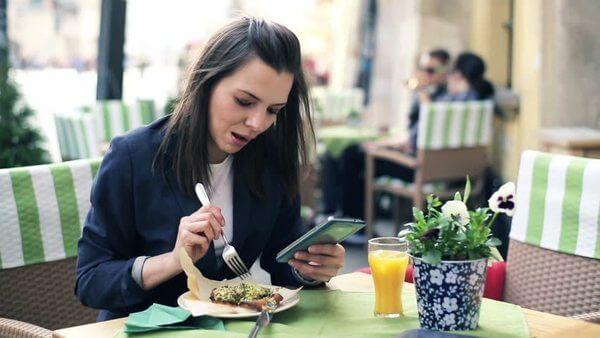 Alimentação mulheres ocupadas